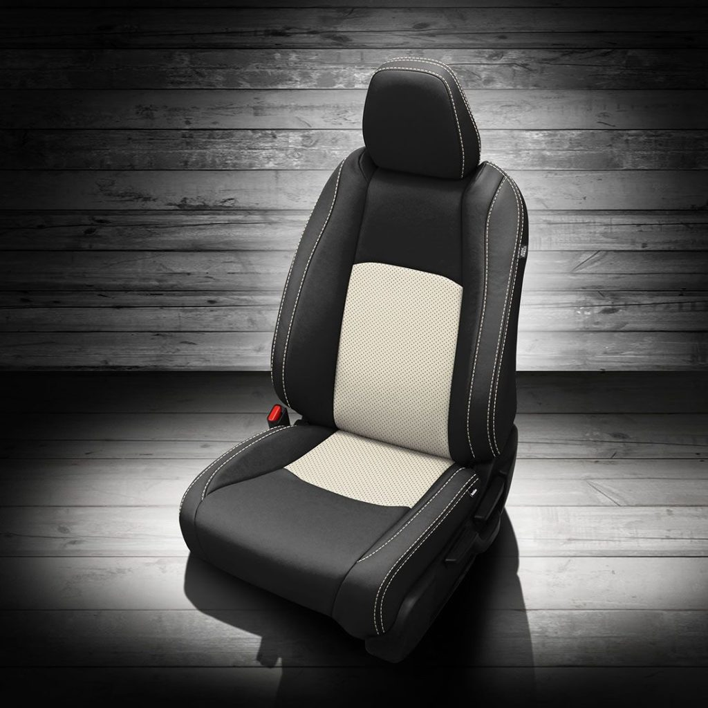 Honda HR-V Black and White Leather Seats