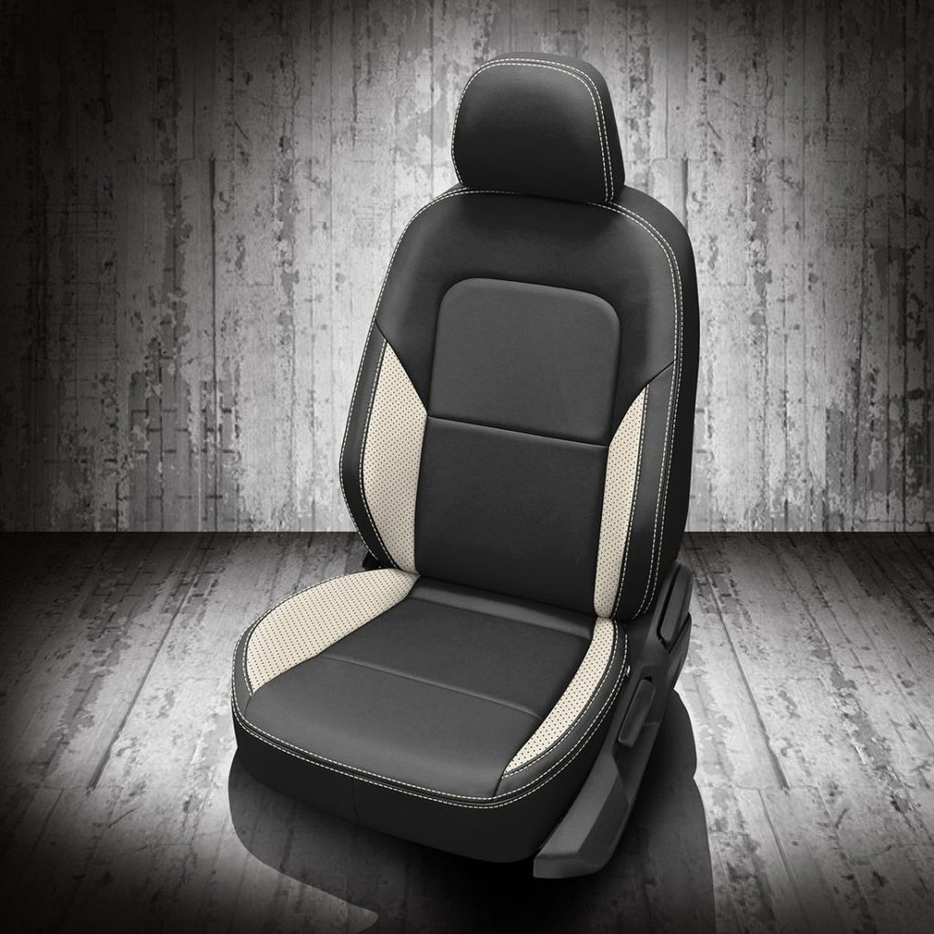 VW Jetta Black and White Leather Seats