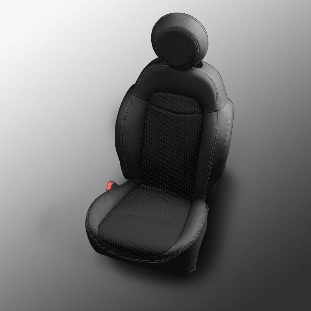 Black Fiat 500X Leather Seats
