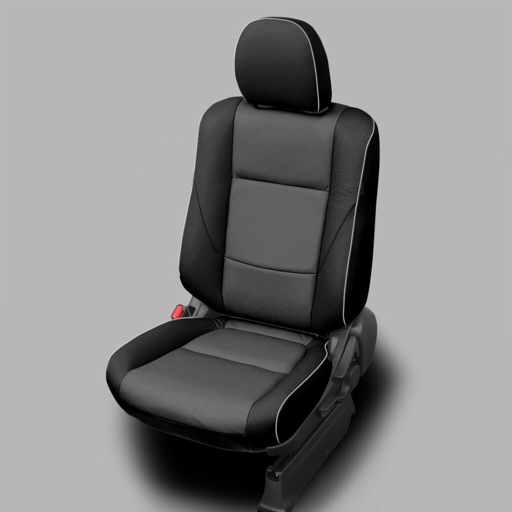 Black and Gray Mitsubishi Outlander Leather Seats